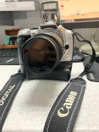Фотоаппарат Canon D300
