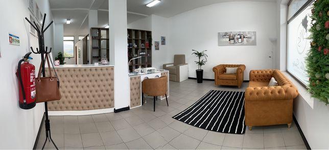 Mobiliário profissional de cabeleireiro | Estética