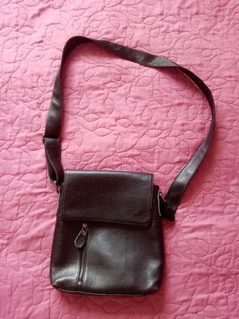 Шкіряна сумочка через плече