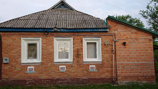Продам дом рядом с курортным городком Новые Санжары.