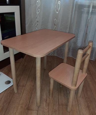 Детский столик и стульчик / стол и стул на возраст от 2х до 5-6 лет