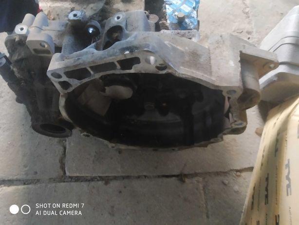 Skrzynia biegów bora golf 4 seat Oktawia 2.0 8v benzyna
