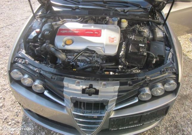 Motor Alfa Romeo 159 1.9JTDm 150cv 939A2000 Caixa de Velocidades Arranque Alternador Arcondicionado
