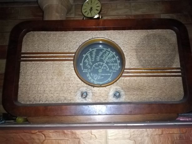 Stare radio Diora Mazur lux