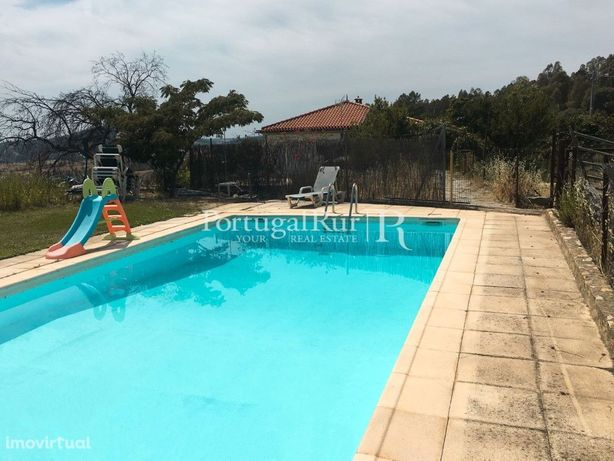 Excelente vivenda com piscina -