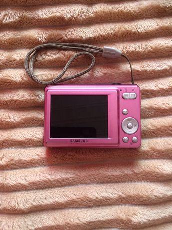 Фотоапарат . Цифрова камера. Samsung ES60