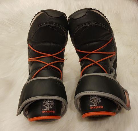 Buty chłopięce Reebok Classic Frostbound 34 śniegowce