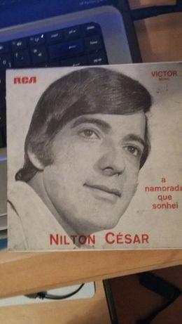 Vinil - Nilton César