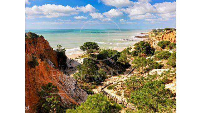 Algarve | Albufeira. Moradia exclusiva no Pine Cliffs Resort
