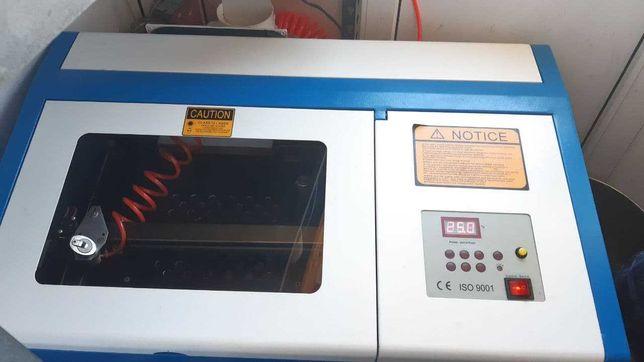 Лазерный СО2 станок 40W