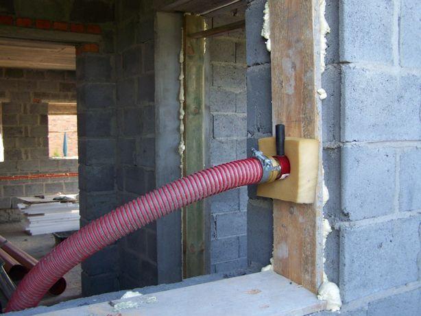 ocieplenie dylatacji i ścian granulatem celulozy lub wełny mineralnej