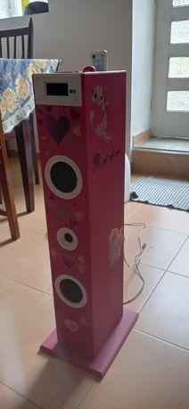 Coluna de som rosa