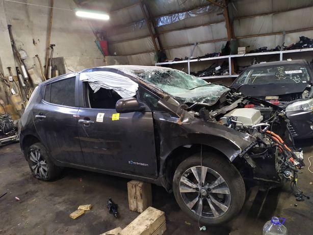 Батарея Амортизатор Рычаг Цапфа Ступица Разборка Nissan Leaf 2016 30KW