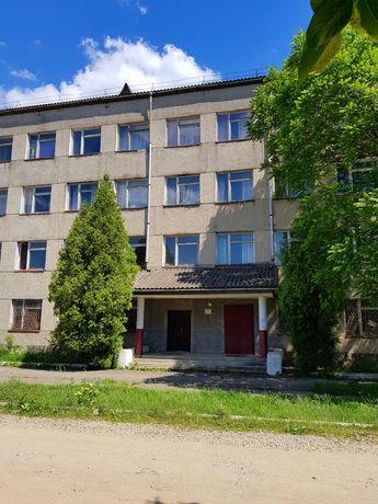 Оренда (можливий продаж) адміністративного будинку 1550 м2