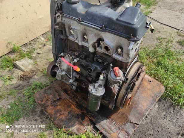 Двигун Пассат б4 1.8бен 81кв