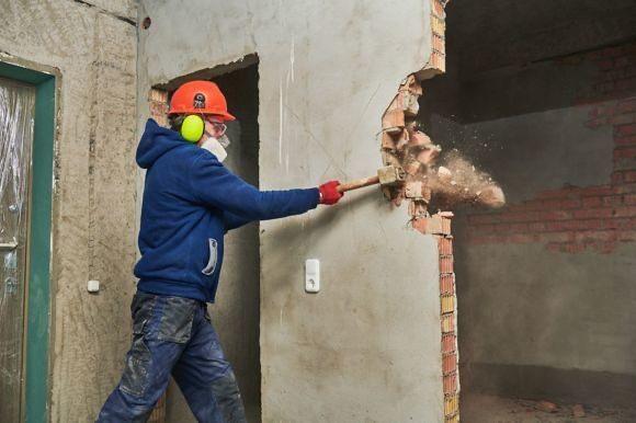 Демонтажные работы, демонтаж гаража дома, выравнивание участка територ
