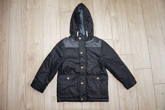 Продам куртку на мальчика 3-5 лет