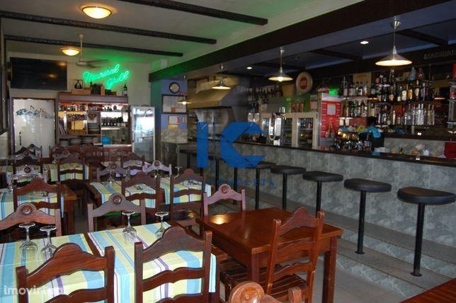 Restaurante churrasqueira e Snack Bar para trespasse na Gaf. da Nazaré