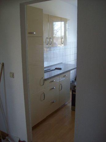 Meble kuchenne w bardzo dobrym stanie ze sprzętem AGD