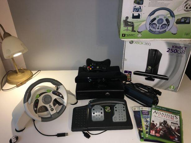 Xbox 360 250 GB kinect + pad + gry+oryginalna kierownica