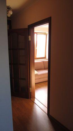 Продам 2 комн. квартиру в кирпичном доме на ул. Ак.Вильямса!