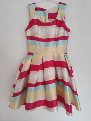 Sukienka w kolorowe pasy - rozmiar S
