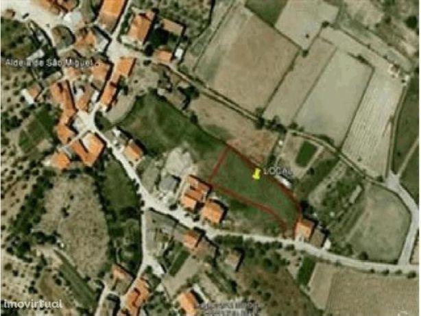 Terreno Urbano em Santa Comba - Aldeia de São Miguel