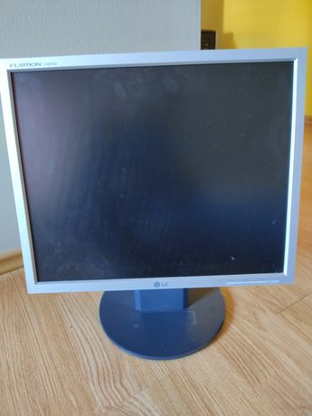Monitor LG model L1950SQ-SN
