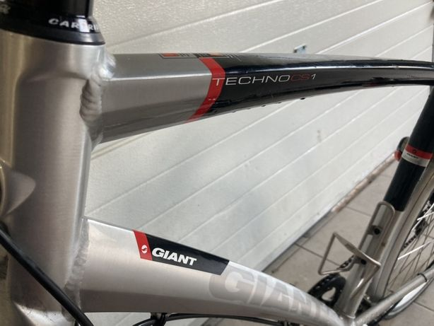 Giant Techno CS1 full Karbon Hydraulika