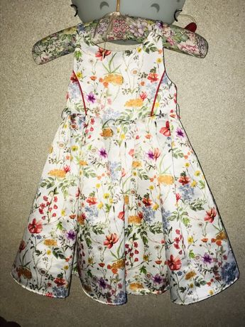 Шикарное платье Monsoon