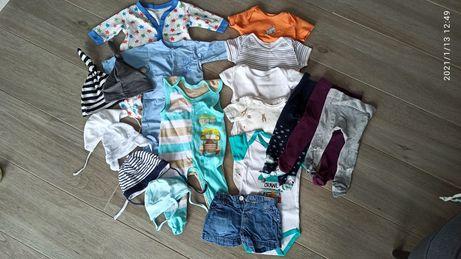 Paka ubranek niemowlęcych 62