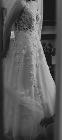wyjątkowa suknia ślubna 2020 koronka kwiaty 3D wycięte plecy