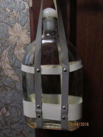Раритетная фляга из толстого стекла в оплетке с ручками 1,8 л