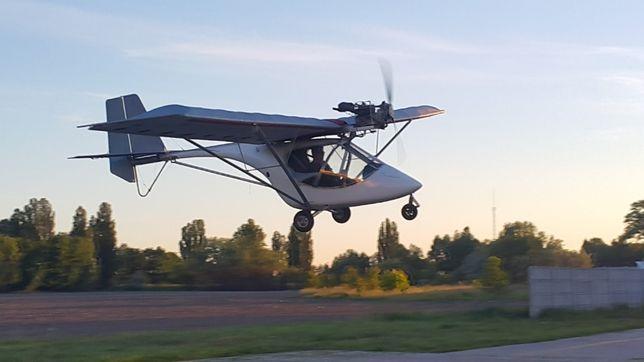 Продам двухместный самолет Ikarus C22