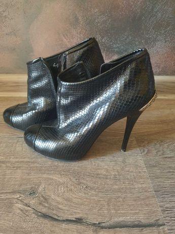 Кожаные туфли 37 размер Италия