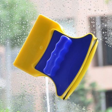 Магнітна щітка для миття вікон