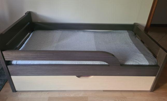 łóżko z materacem 90x160