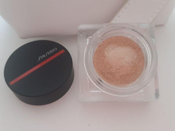 Shiseido sombra dourada nova