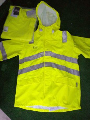 Płaszcz plus spodnie deszczowe