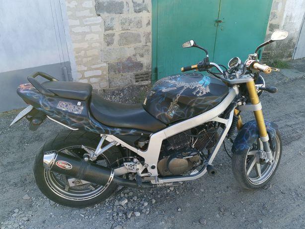 Продам мотоцикл Hyosung Comet GT250