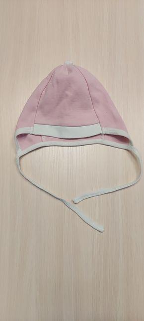 Гарна шапка для дівчинки.Вік 6-12 міс