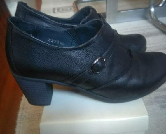 Sapatos de tacão Mulher