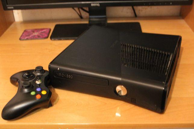 Xbox 360 Slim (Freeboot)