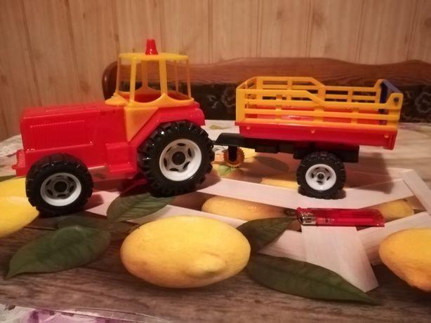 Traktor z przyczepą dla chłopca zabawka do piaskownicy