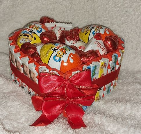 Букет из конфет киндер