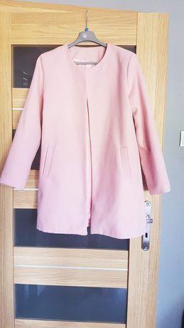 Różowy płaszczyk/narzutka