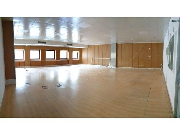 Escritório Alfragide Edifício Tejo | 730 m2 | Arrendamento