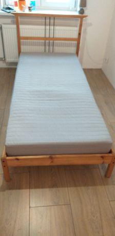 Łóżko Ikea z materacem 200x90 i pojemnikiem