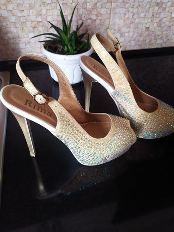 Туфлі жіночі, женские туфли