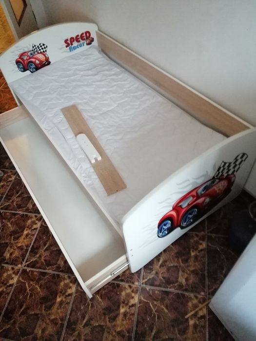 Łóżko dziecięce z autkiem+materac Zelów - image 1